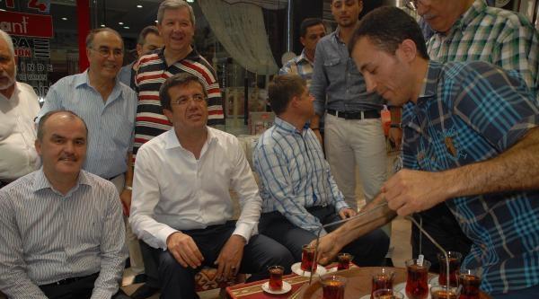 Bakan Zeybekci Cumhurbaşkanının İlk Turda Seçileceğine İnaniyor