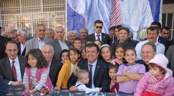 Bakan Zeybekci: İstikrar İçin Ak Parti Adaylarına Oy Verin (2)