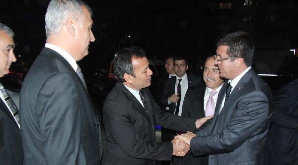 Bakan Zeybekçi, Milas'ta İş Adamlarıyla Buluştu