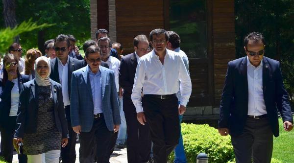 Bakan Zeybekçi'den Faizlerden Kimsenin Mutlu Değil Açıklaması