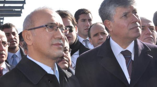 Bakana 'unutulan Içköy'e Hoş Geldiniz' Pankarti