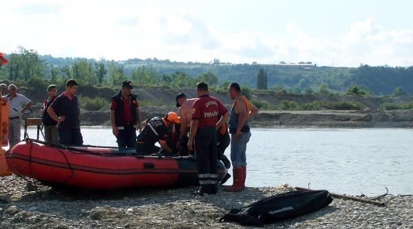 Balık Tutarken Filyos Çayi'na Düşerek Kayboldu (2)