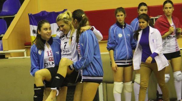 Balıkesir Belediyspor Kadın Valeybol Takımına Ödül