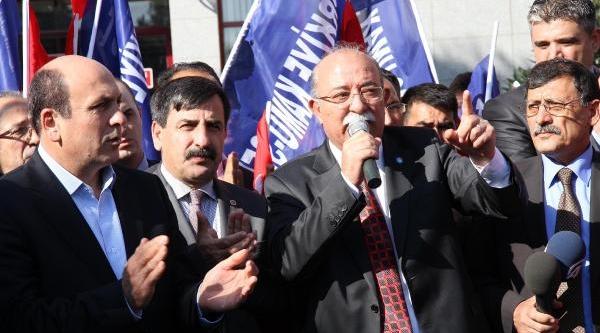 """Balikesir'De """"Akil Insanlar' Protestosu Saniklari Adliyede"""