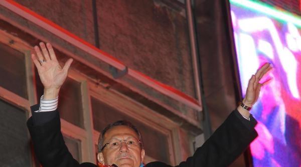 Balıkesir'de 'büyükşehir' Ak Parti'ye Yaradı