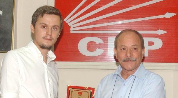 Balıkesir'de Chp'li Gençlerden 'başarısızlık' İstifasi