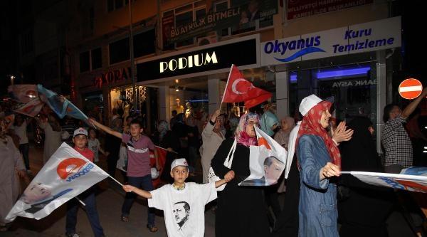 Balıkesir'de, Erdoğan'a Destek Yürüyüşü