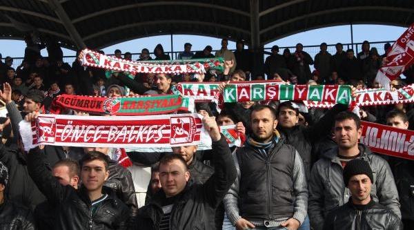 Balikesirspor-Karşiyakaspor Fotoğraflari