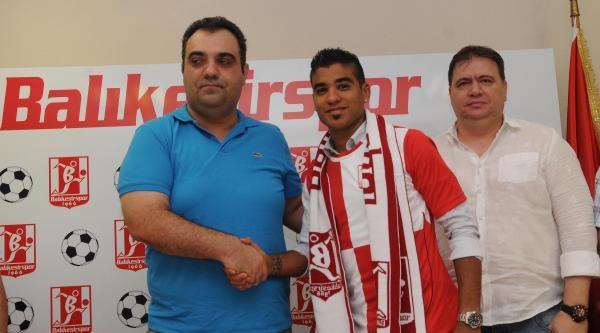 Balıkesirspor'da Vargas İmzaladi