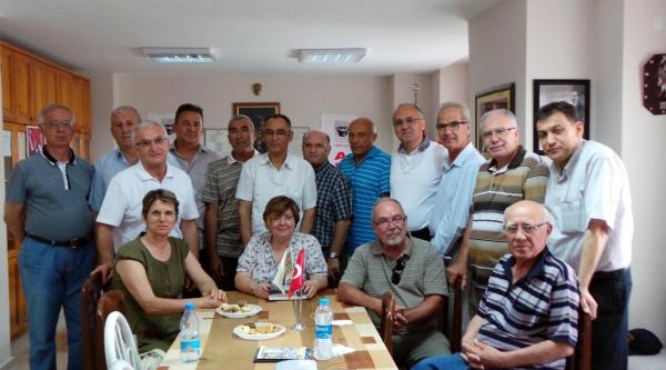 Balyoz Hükümlüsü Albay Sarı Stk'ları Ziyaret Etti