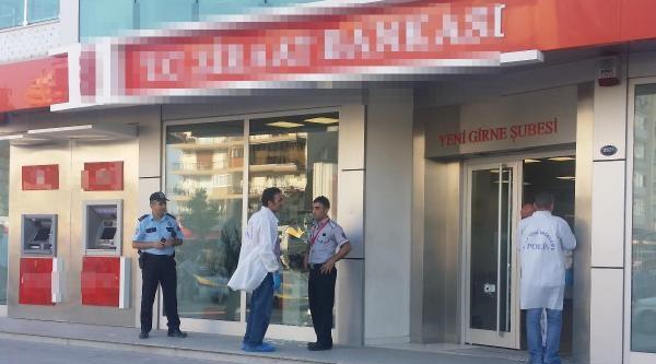 Bankada Pompalı Soygun (3)