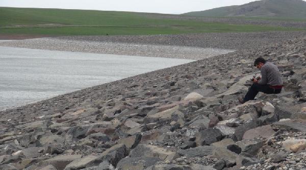 Barajda Su Azaldı, Tasarruf Çağrisi Yapıldı