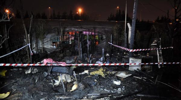 Barakada Yangın: 1 Ölü