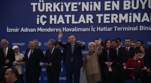 Başbakan Erdoğan Adnan Menderes İç Hatlar Terminali'ni Açtı