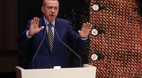 Başbakan Erdoğan : Ak Parti Yolsuzluklara Göz Yummaz, Yaparsa Var Oluş Zeminini Ortadan Kaldirmiş Olur / Ek Fotoğraflar