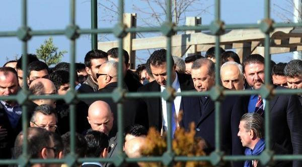 Başbakan Erdoğan, Cuma Namazini Hz. Ali Camii'Nde Kildi