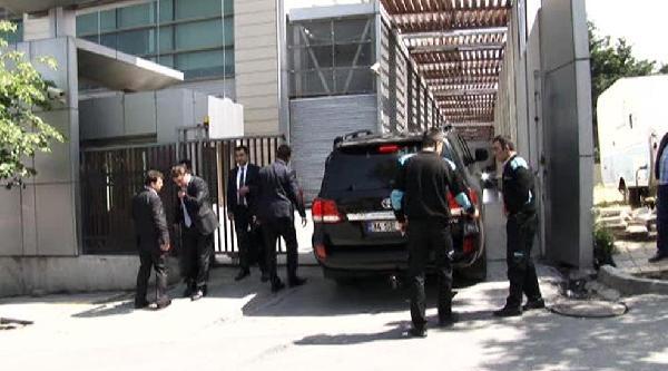 Başbakan Erdoğan Kaza Geçiren Danışmanını Ziyaret Ediyor (1)