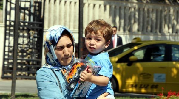 Başbakan Erdoğan Oy Kullandıktan Sonra Mezar Ziyareti Yaptı