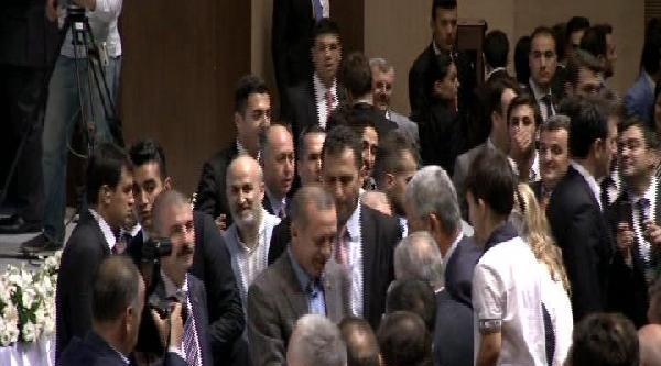 Başbakan Erdoğan, Partililerle Bayramlaştı