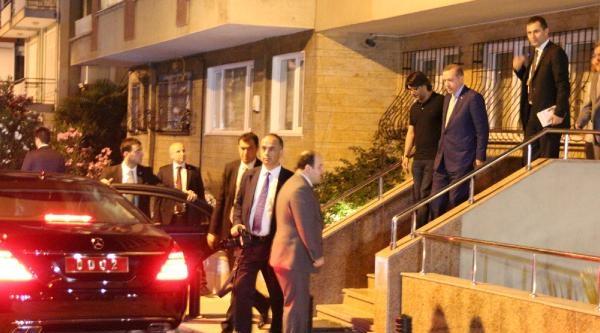 Başbakan Erdoğan, Şarkici Murat Göğbakan'ı Ziyaret Etti