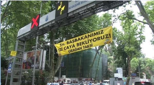 Başbakan Erdoğan, Taksicilerin Pankartlı Davetini Geri Çevirmedi