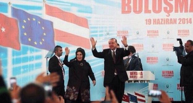 Başbakan Erdoğan, Viyana'daki Türklere seslendi...
