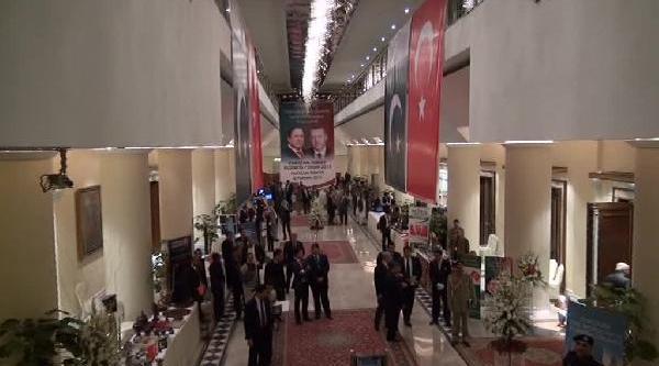 Başbakan Erdoğan'A Lahor'da Coşkulu Karşilama (3)