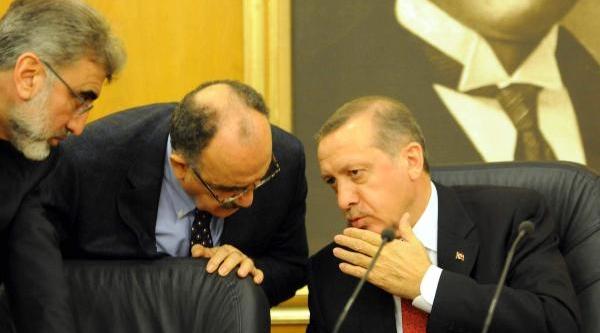 Başbakan Erdoğan'in Mikrofonu Açik Kalinca