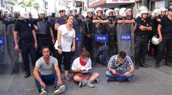 Başbakan Mitingi Öncesi İzmir'de Gözaltı (ek Fotoğraflar)