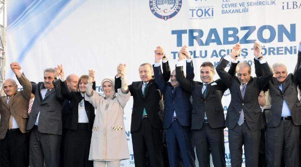 Başbakan Trabzon'da Toplu Açiliş Töreninde Konuştu: Korkaklar Zafer Aniti Dikemezler