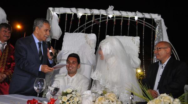 Başbakan Yardımcısı Bülent Arınç Nikah Şahidi Oldu