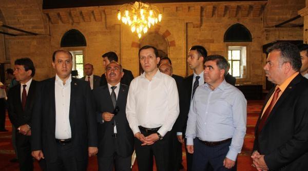 Başbakan Yardımcısı İşler, Restore Edilen Camiyi Açtı (2)