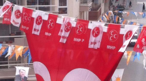 Başbakana Manisa'da Mhp Bayrağı Sürprizi