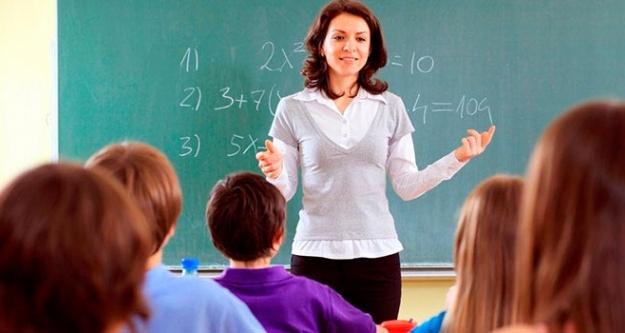 Başbakan'dan Atama bekleyen öğretmenlere müjde