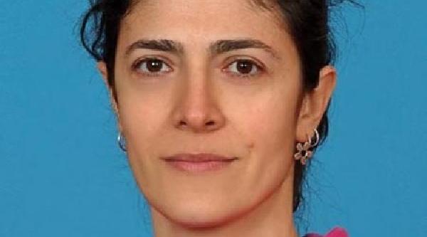 Başbakan'In Konvoyuna Yumurta Atan Öğretmen Açiğa Alindi