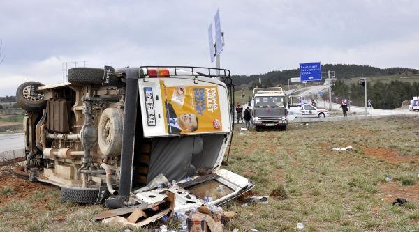Başbakan'ın Mitingi Dönüşü Kaza: 8 Yaralı