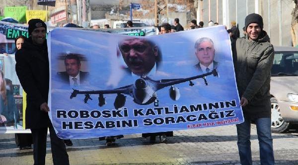 Başkale'de Uludere Için Tabutlu Protesto