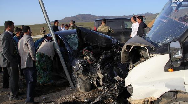 Başkale'deki Kazada Ak Partili Eski Vekilin Kardeşi Öldü, 4 Kişi Yaralandı