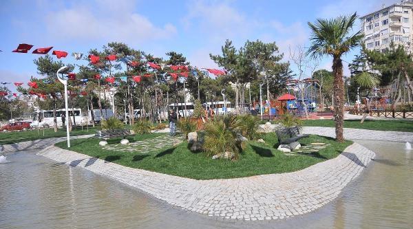 Başkan Öztürk'ten Kadıköy'e 5 Yeni Park