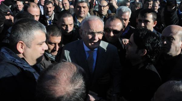 Başkan Yilmaz'A Coşkulu Karşilama