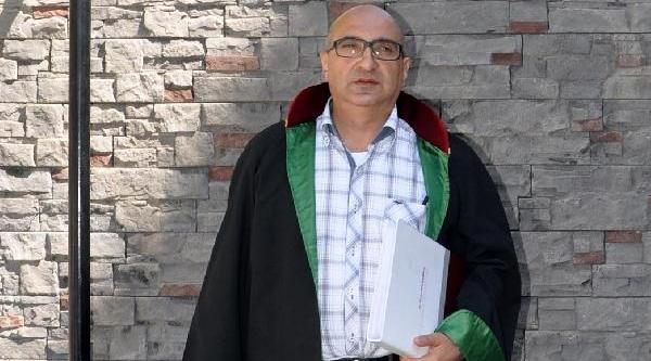 Başörtülü Avukati Duruşmadan Çikaran Hakimi Şikayet Etti