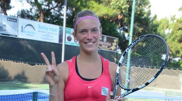 Batik 1'inci Uluslararası Bayanlar Tenis Turnuvasında Zafer Lıebens'in