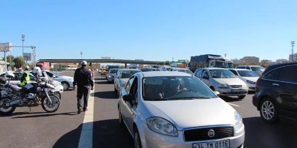 Bayram Dönüşü Gişelerde Trafik Denetlemesi