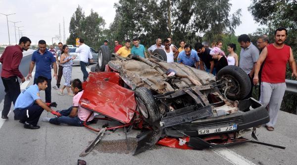 Bayram Tatiline Giden Aile Kaza Yaptı; 5 Yaralı
