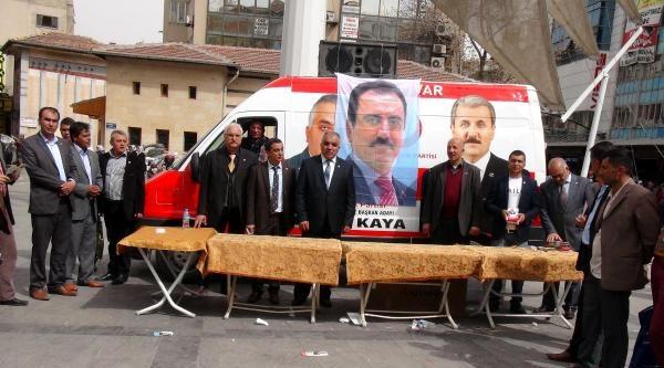 Bbp, Gaziantep'te Yazıcıoğlu İçin Tatlı Dağıttı