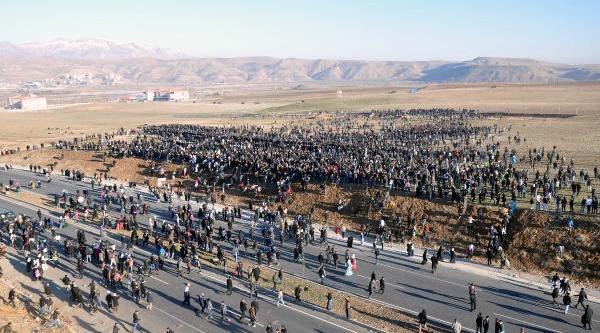 Bdp Lideri Demirtaş: Kürdistan'in 4 Parçasinda Kürtler Özgür Olacaktir - Fotoğraflar)