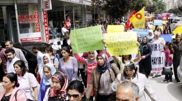 Bdp'li Kadınlardan Meclis Toplantısında Tecavüz Kınaması (2)