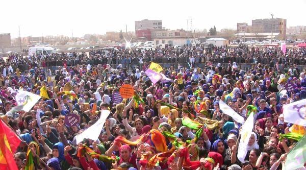 Bdp'li Kışanak: Kızlarımızı Çocuk Yaşta Evlendirmeyelim