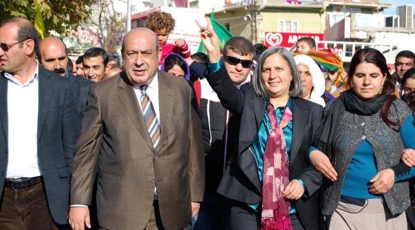 Bdp'li Kişanak: Türkiye Ve Kürdistan'da Eğitime Biz Talibiz