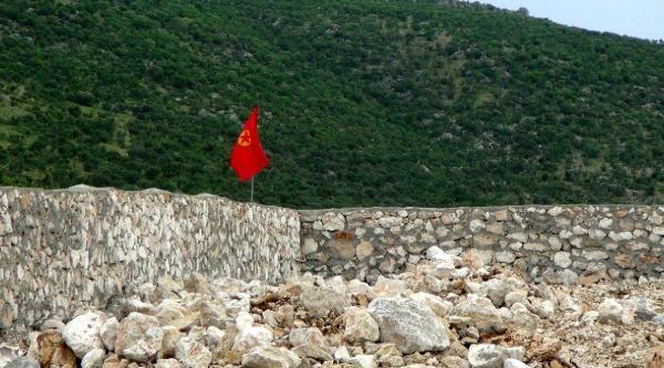 Bdp'lilerin Karakol İnşaati Eylemi Sürüyor